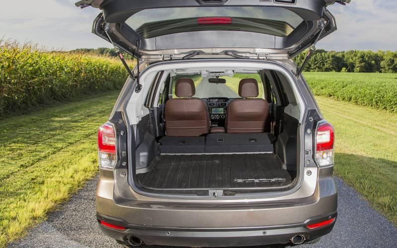 Comparison - Subaru Ascent Premium 2019 - vs - Subaru Forester Limited 2018   SUV Drive