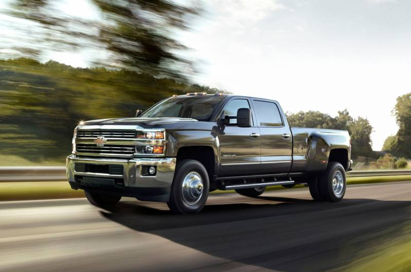 Comparison - GMC Sierra 3500HD Crew Cab SLT 2015 - vs ...