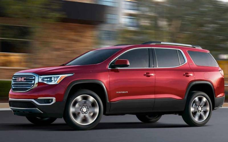 comparison buick enclave avenir 2018 vs gmc acadia sle 2 2018 suv drive. Black Bedroom Furniture Sets. Home Design Ideas