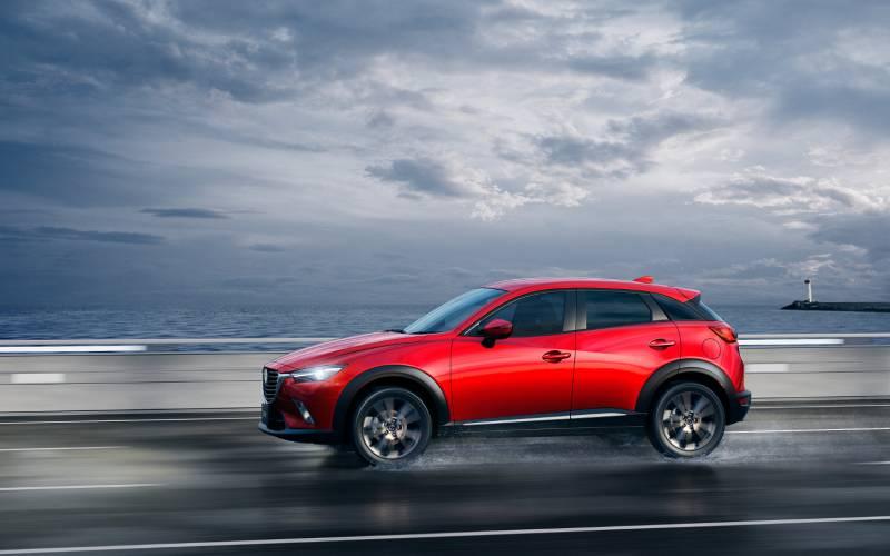Toyota Suv Names >> Comparison - Toyota C-HR Hybrid 2017 - vs - Mazda CX-3 ...