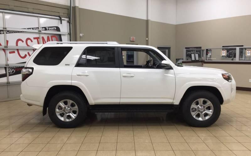 Toyota Highlander Vs Toyota 4Runner >> Toyota Hilux Surf 2017 | SUV Drive