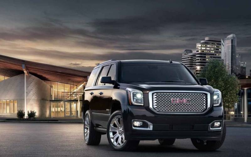 gmc yukon denali 2017 suv drive. Black Bedroom Furniture Sets. Home Design Ideas