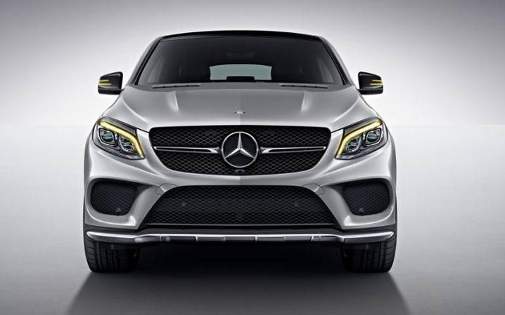 Comparison mercedes benz gle class coupe amg 63 s 4matic for 2017 amg gle 63 mercedes benz