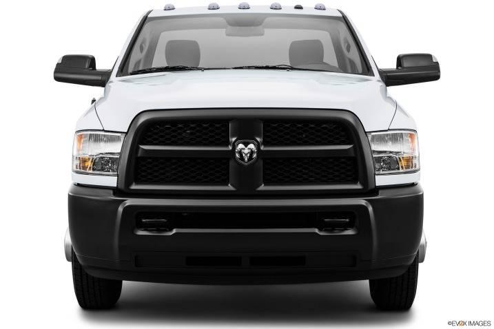comparison genesis gv80 2018 vs ram 3500 regular cab slt 2015 suv drive. Black Bedroom Furniture Sets. Home Design Ideas