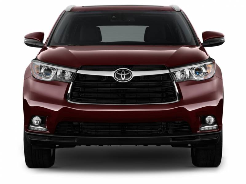 comparison toyota fortuner      toyota highlander limited platinum