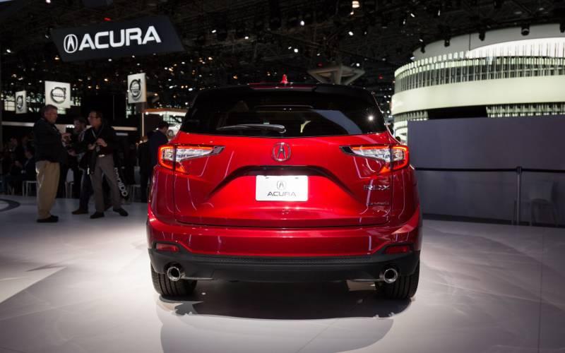 Rdx Vs Crv >> Comparison - Acura RDX Technology 2019 - vs - Honda CR-V Touring 2017 | SUV Drive