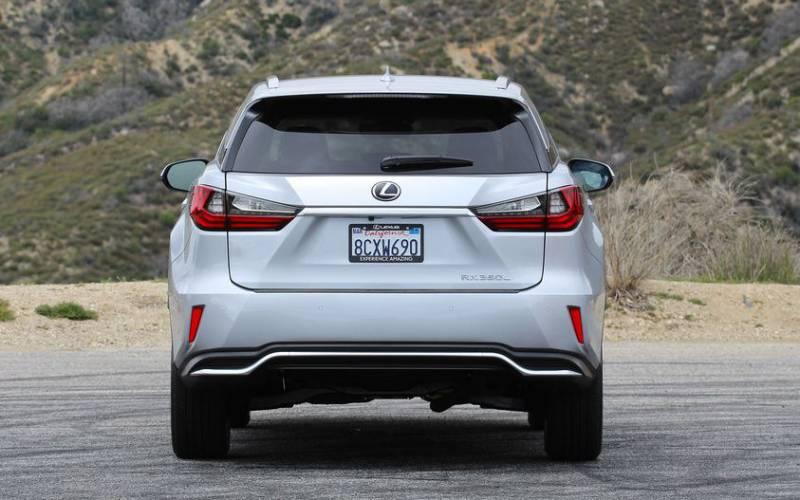 Used Lexus Is 350 >> Comparison - Kia Telluride Hybrid 2020 - vs - Lexus RX ...